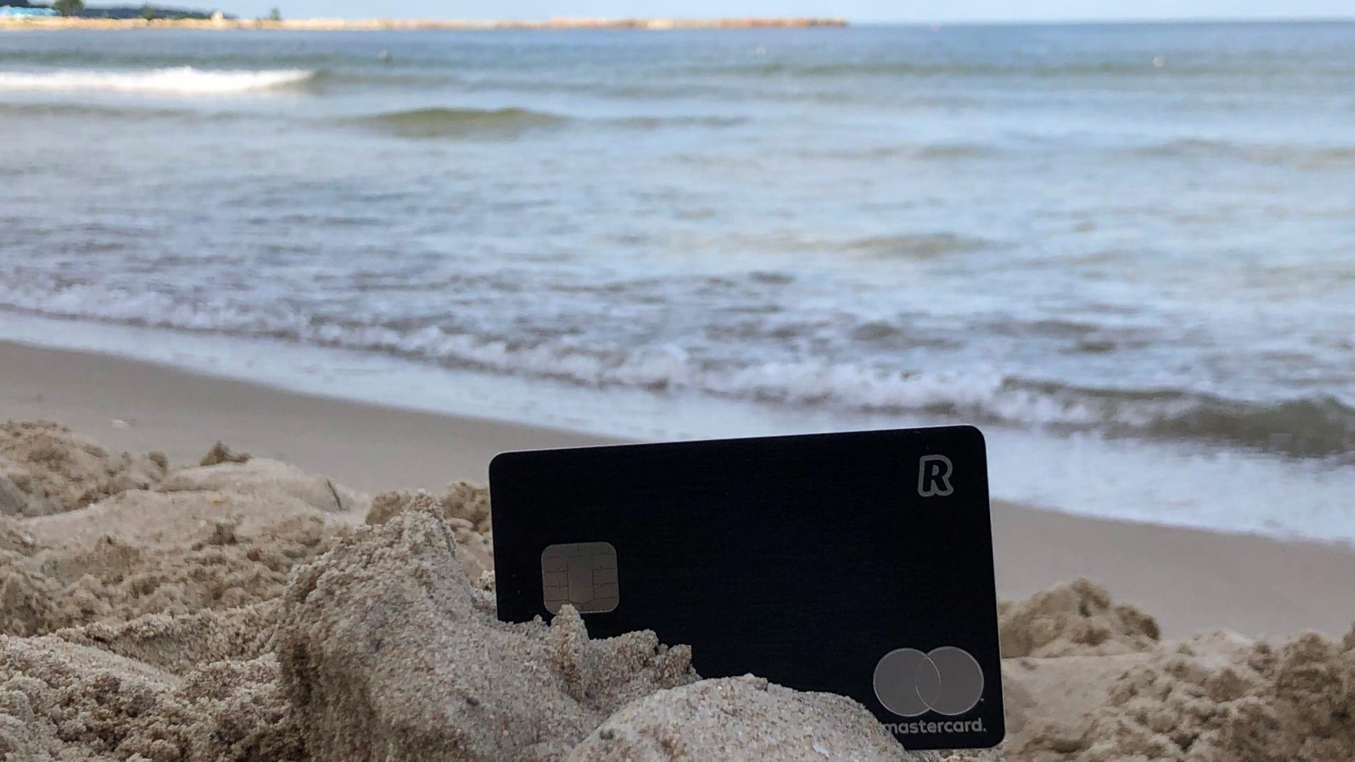 Revolut лято 2019 плаж