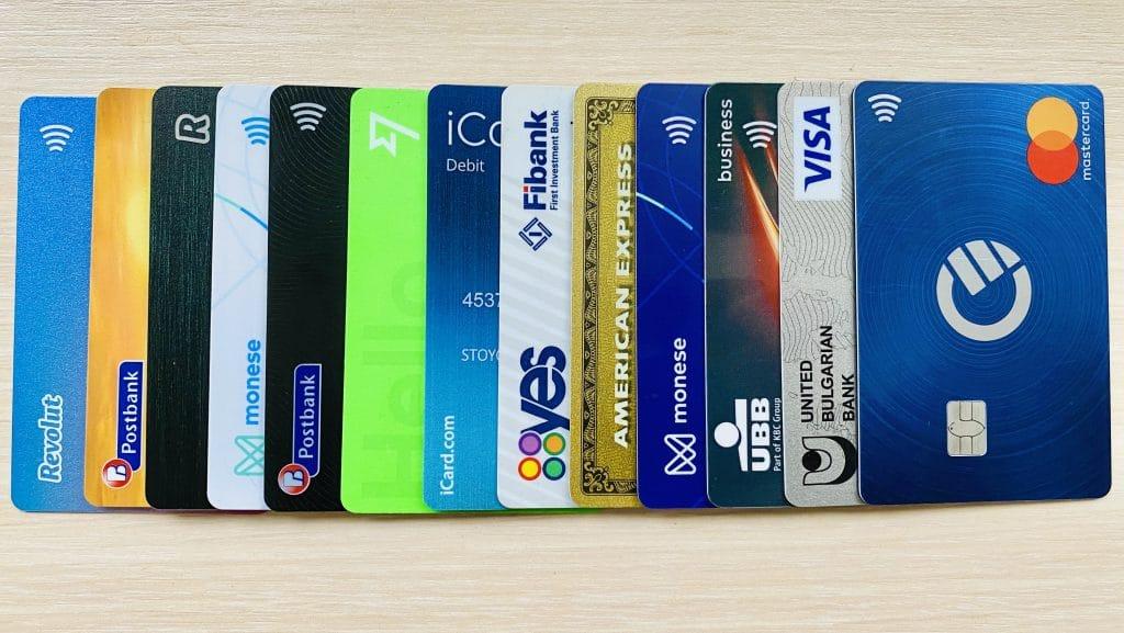 Fintech Bulgaria финтех услуги в България курве кърв icard phyre A1 Wallet Apple Wallet